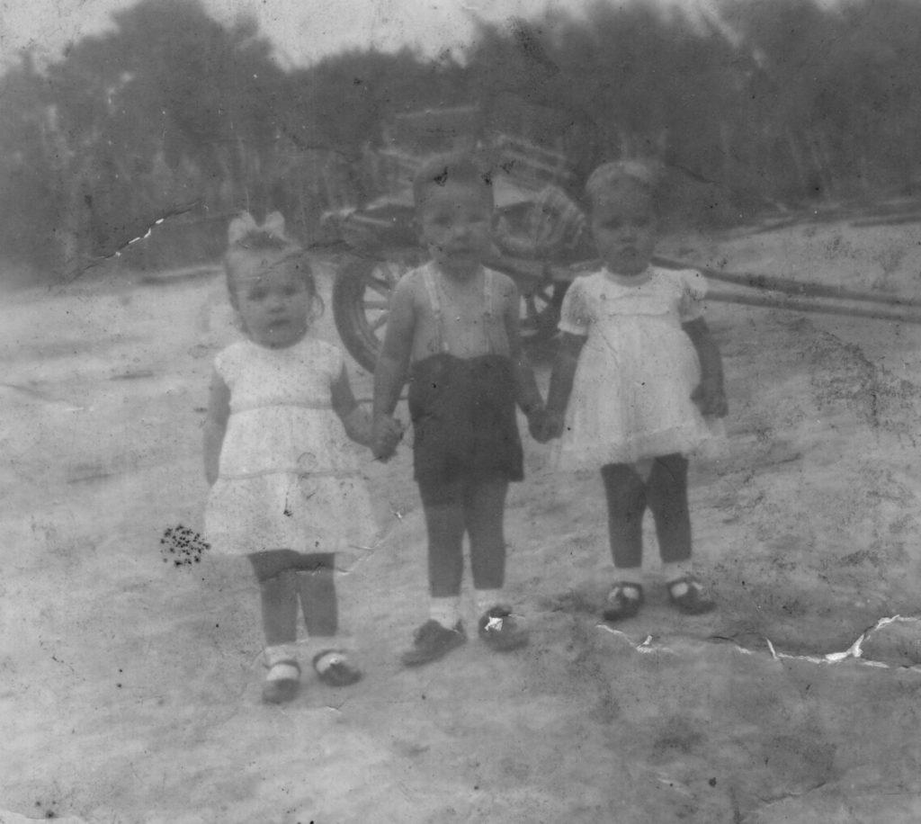 Paulo Jorge, Creuza e Clarice (charrete ao fundo)